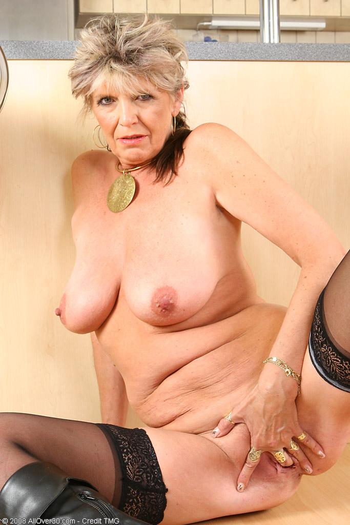 Старые проститутки в питере самые