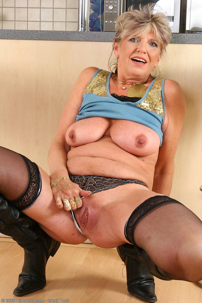 Старые онлайн смотреть самые праститутки
