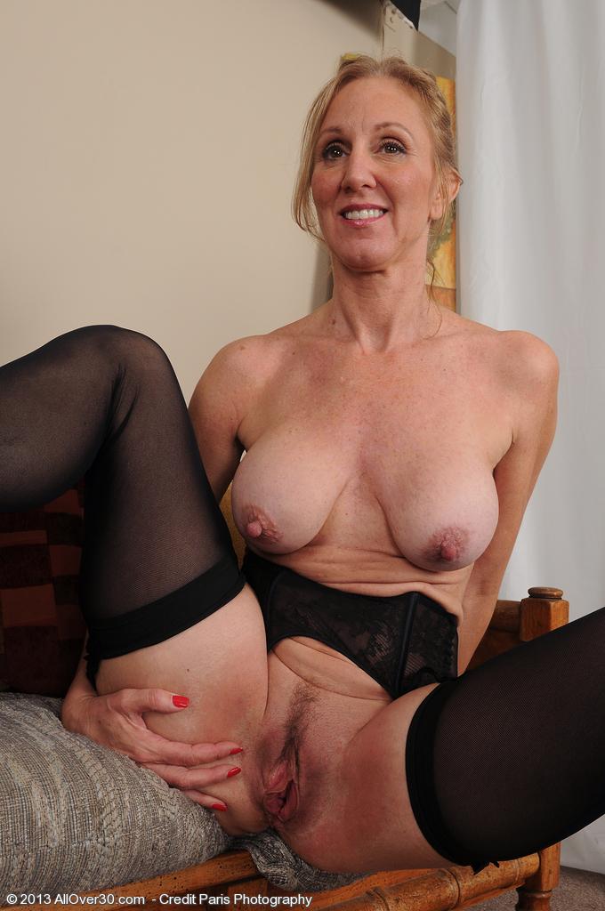 Blonde amateur allure darcy