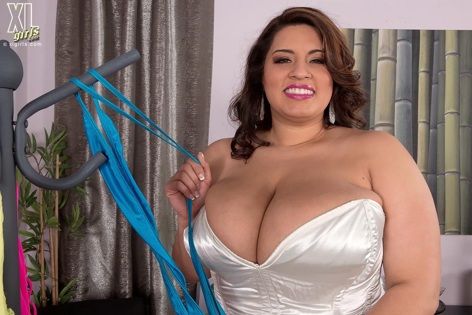 Толстушки и грудастые, порнолстушками: клипы как трахают толстых 12 фотография