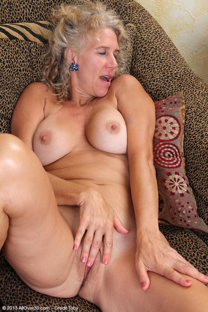 фото мастурбации бабушек